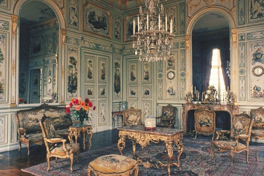 let s go rococo a decorative affair. Black Bedroom Furniture Sets. Home Design Ideas