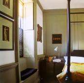 Pentreath's elegant bed