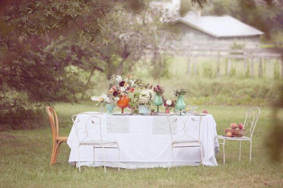 meadow-wedding-table once.wed.com