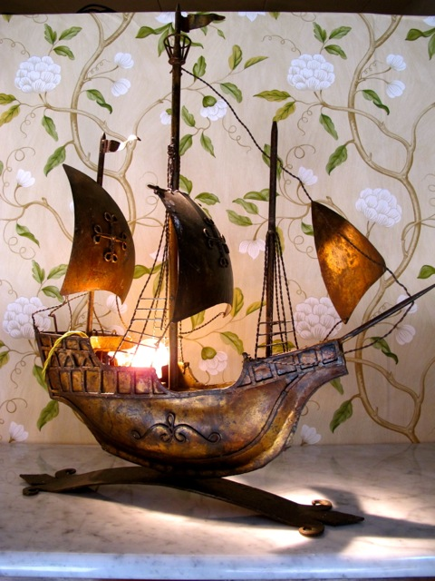 ship bateau lamp