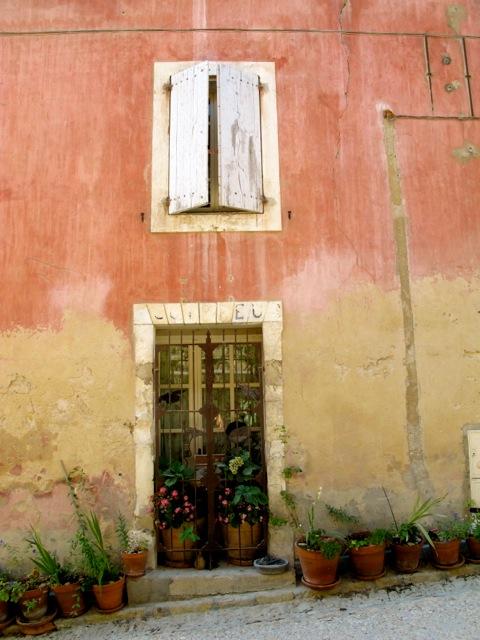provencal house oppede le lieux