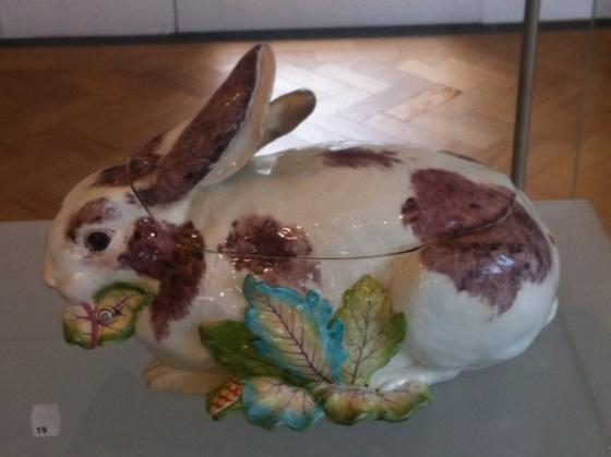 rabbit turreen 1755 Chelsea Porcelain