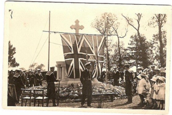 war-memorial-circa1920