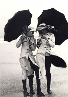 Guy Bourdin girls in trenches