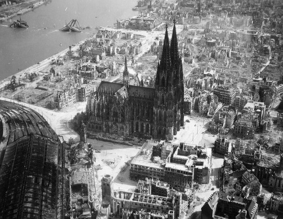 cologne aftter WWII bombing