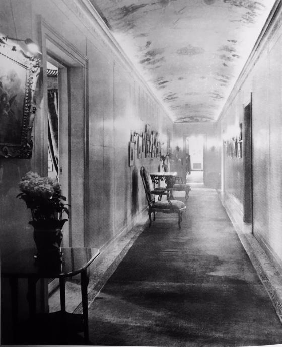 Frick corridor elsie de Wolfe