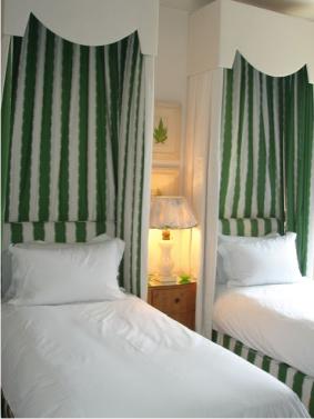 Nicky Haslam green bedroom adecorativeaffair