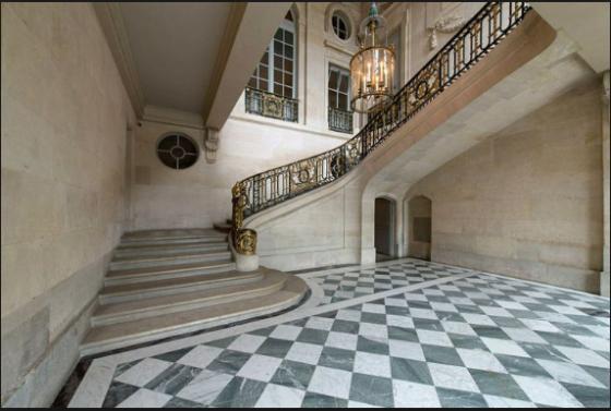 vestibule petit trianon floor